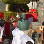 除幕をした興居島小学校の6年生